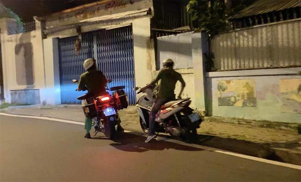 Lý do thanh niên phóng xe sau 18h được Công an TP Thủ Đức đưa về nhà