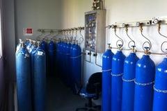 Nguy cơ khan hiếm giả tạo bình oxy y tế