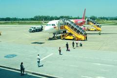 Doanh nghiệp tài trợ 10 chuyến bay đưa người Nghệ An từ vùng dịch về quê