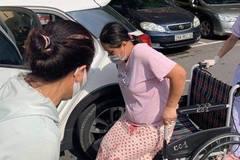 Trực chốt Covid-19, hai cảnh sát giúp đỡ sản phụ sinh con