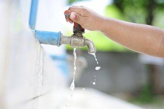 Phó Thủ tướng chỉ đạo giảm tiền nước, giá nước cho dân