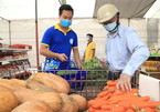 The first 'VND0 supermarket' in Hanoi welcomes people affected by Covid outbreak