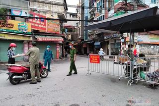 24 giờ, Hà Nội thêm 71 ca Covid-19, phát đi 2 thông báo khẩn