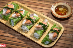 Lettuce rolls - Exquisite dish of Hanoi