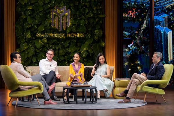 Hà Anh Tuấn, Đoan Trang bàn cách 'sống vui khỏe' giữa mùa dịch