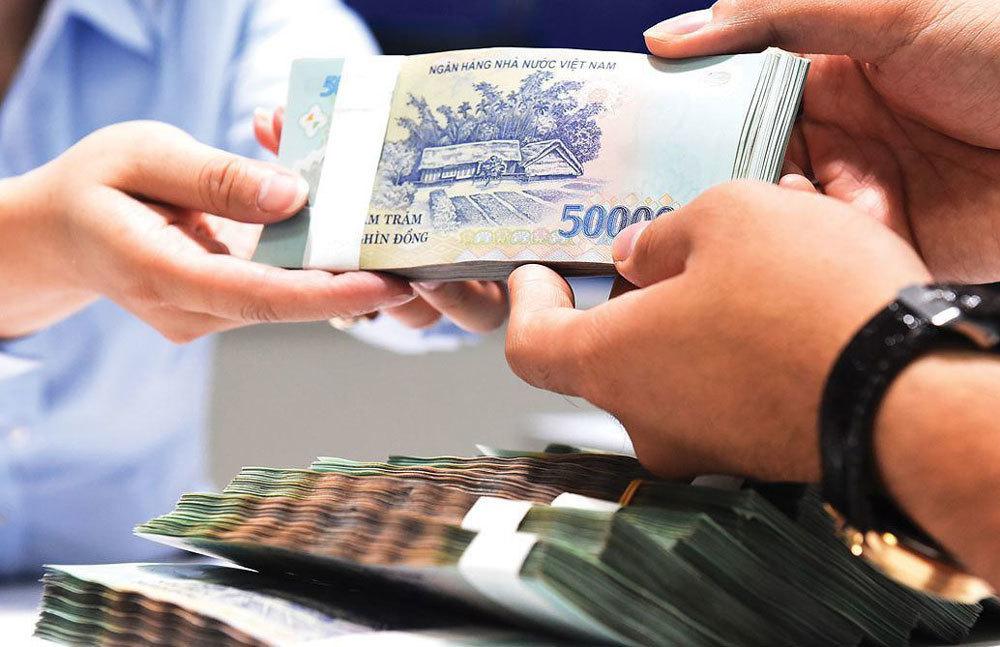Deposit interest rates plummet, people pour money into other investment channels