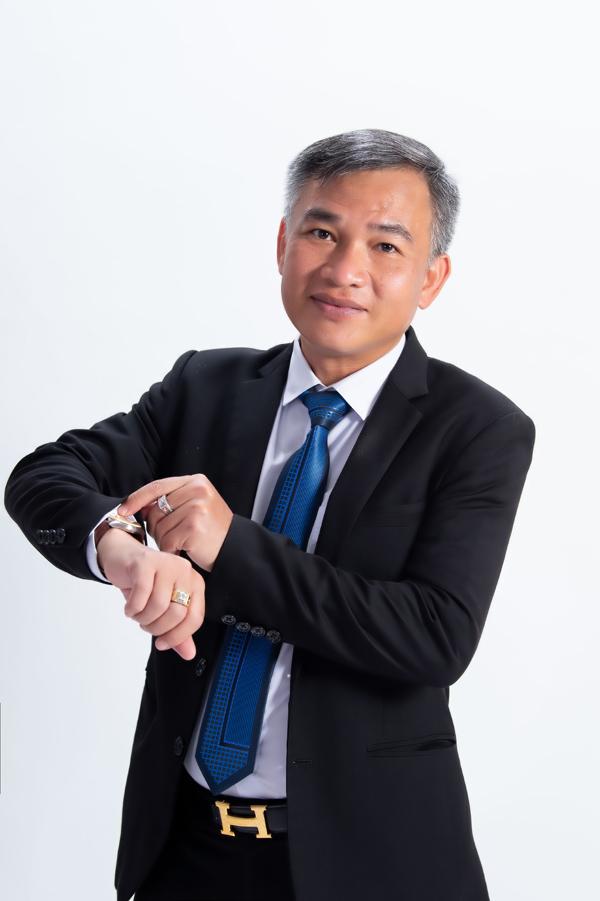 CEO 7X 'bỏ phố xuống đồng' xây nông trại rau củ