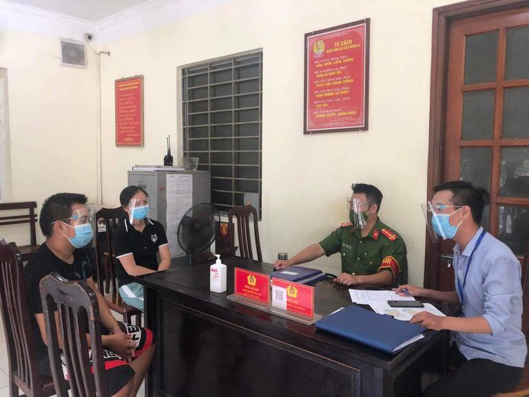 Phạt đôi nam nữ ở Hà Nội trèo rào ra khỏi khu cách ly 4 triệu đồng