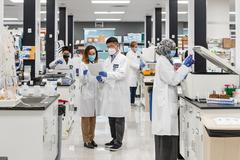 Vingroup nhận chuyển giao độc quyền công nghệ sản xuất vắc xin mRNA