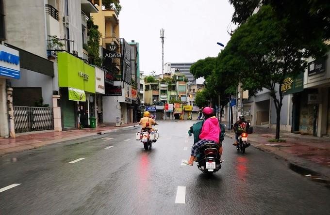 Thai phụ TP.HCM được cấp cứu kịp nhờ cảnh sát giao thông dẫn đường