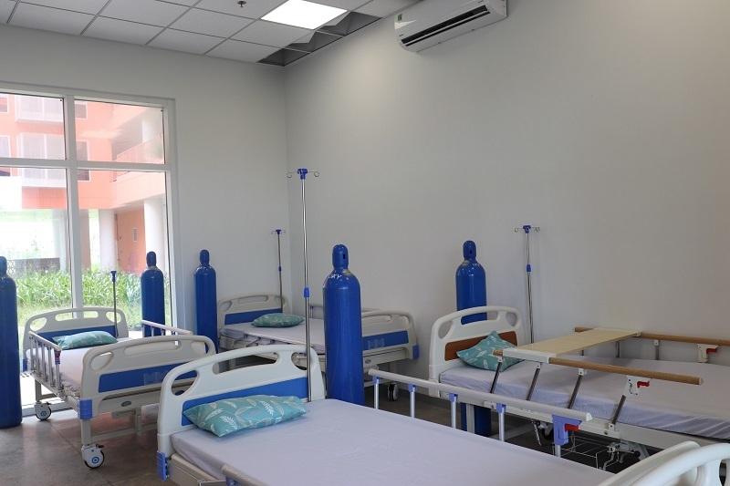 Hai bệnh viện dã chiến 8.300 giường ở Bình Dương bắt đầu hoạt động