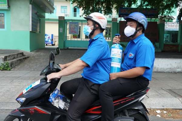 Inventor of rice ATM launches 'oxygen ATMs' to help Covid-19 patients in Saigon