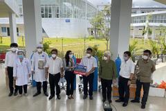 Kim Oanh Group tặng thêm 10 máy thở giúp Bình Dương chống dịch