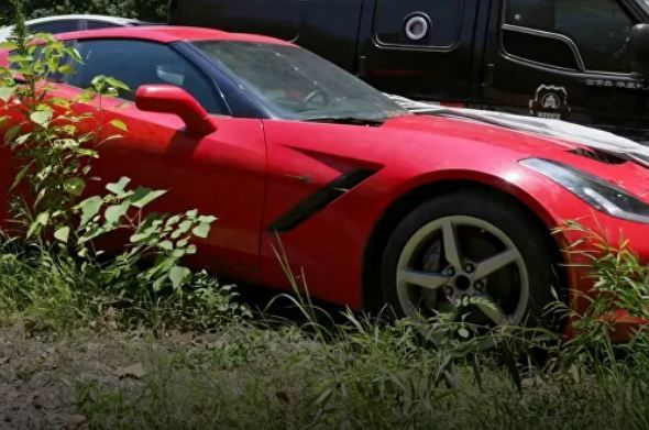 Nhiều siêu xe đắt đỏ bị bỏ hoang ở Trung Quốc