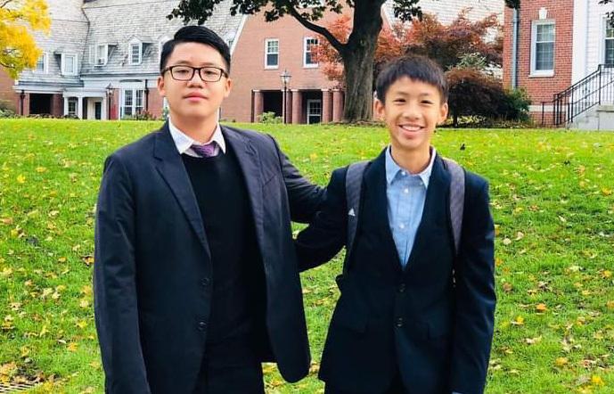 Nam sinh 17 tuổi bán tranh gây quỹ, thu 200 triệu ủng hộ chống dịch