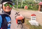 Một người đàn ông đạp xe 60 ngày để quyên tiền cho sách nói