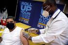 CDC Mỹ: Dưới 1% ca mắc Covid-19 sau tiêm chủng đầy đủ phát bệnh nặng
