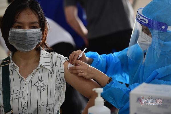 TP.HCM cần 5,5 triệu liều vắc xin Covid-19 trong tháng 8