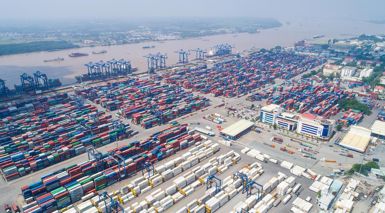 Bộ GTVT báo cáo Thủ tướng giải pháp giải phóng hàng tồn ở cảng Cát Lái