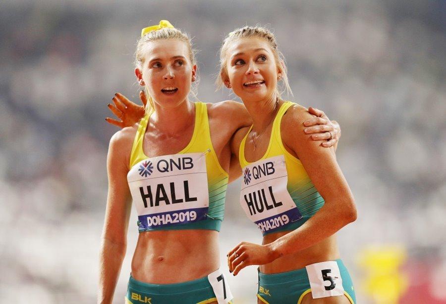 Nữ VĐV điền kinh có nụ cười đốn tim phái mạnh ở Olympic