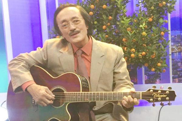 Con trai nghệ sĩ Giang còi: 'Ba tôi muốn được ra đi cùng cây đàn guitar'