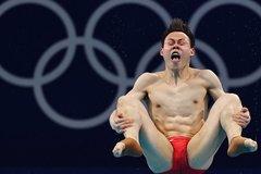 Phì cười với những biểu cảm của VĐV nhảy cầu Olympic Tokyo