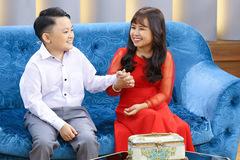 Hôn nhân ngọt ngào của đôi vợ chồng cao 1,2m
