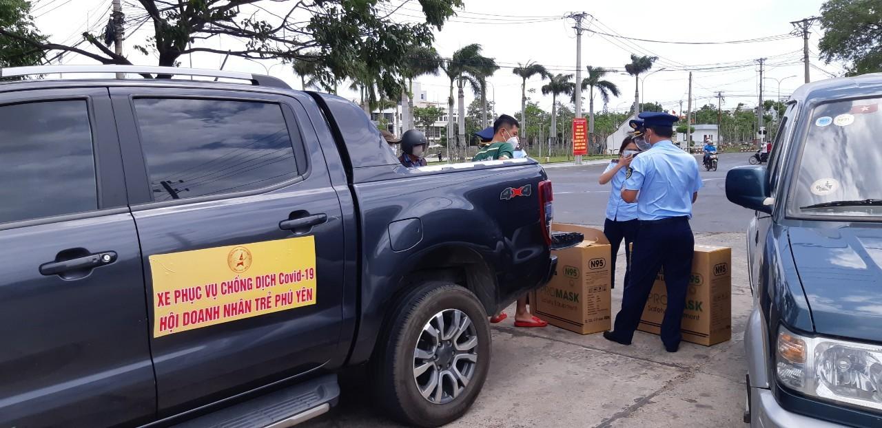 Phú Yên bắt quả tang vụ vận chuyển 500 bộ test nhanh Covid-19