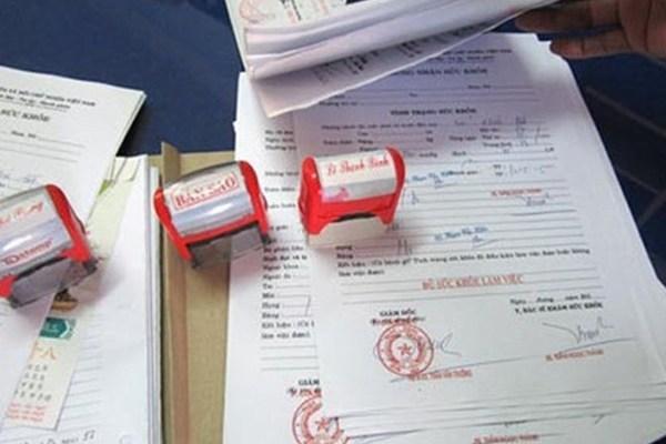 Đường dây làm giả giấy khám sức khỏe của bệnh viện, phòng khám tại Hà Nội