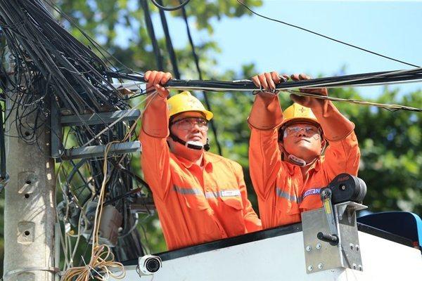 EVN đã giảm giá và giảm tiền điện đợt 3 cho các đối tượng là 214,14 tỷ đồng