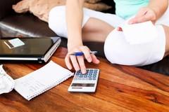 Ba thay đổi chi tiêu giúp bà mẹ nghỉ việc không lương vẫn có tiền bỏ ống
