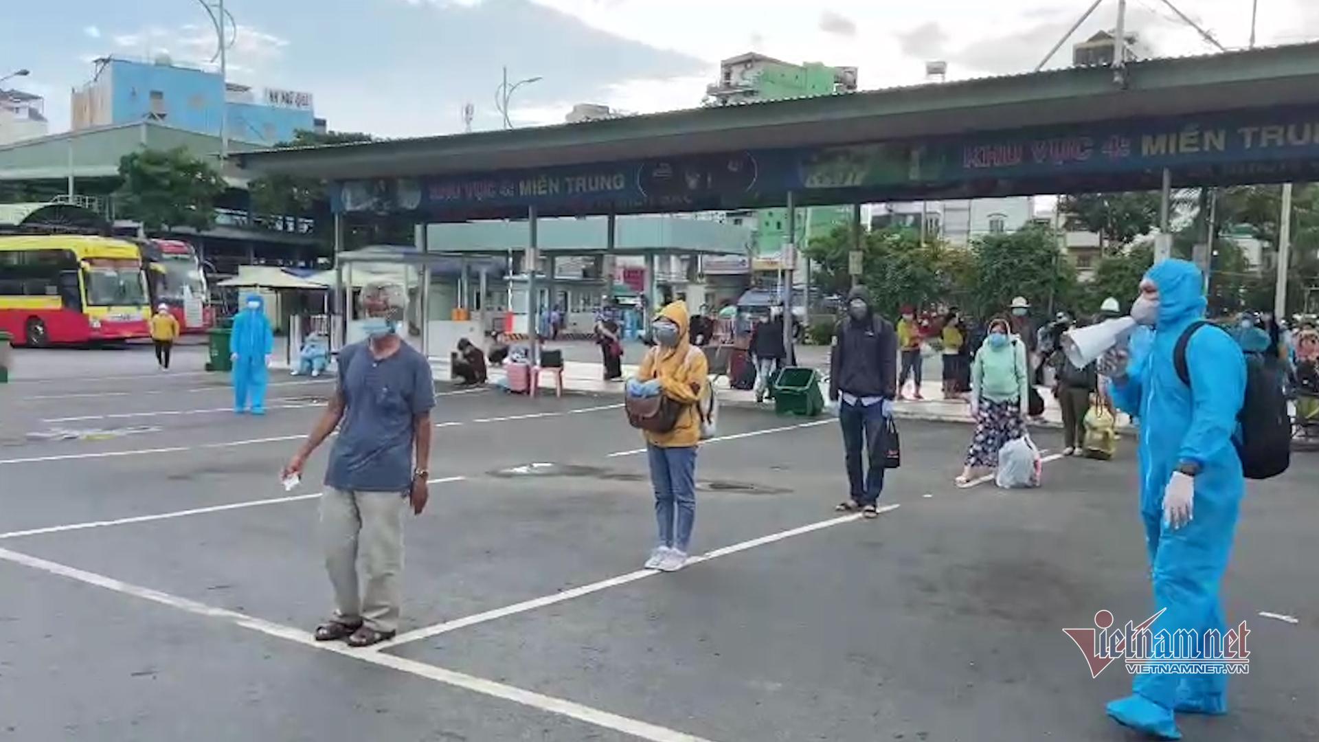 Chủ tịch tỉnh Phú Yên: Mỗi tuần có 3 đợt đón công dân vùng dịch về quê