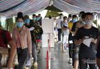 Ba người trốn trong thùng xe tải để qua chốt kiểm soát ở Quảng Ninh