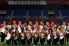 Canada lập kỳ tích lần đầu tiên giành HCV bóng đá nữ Olympic