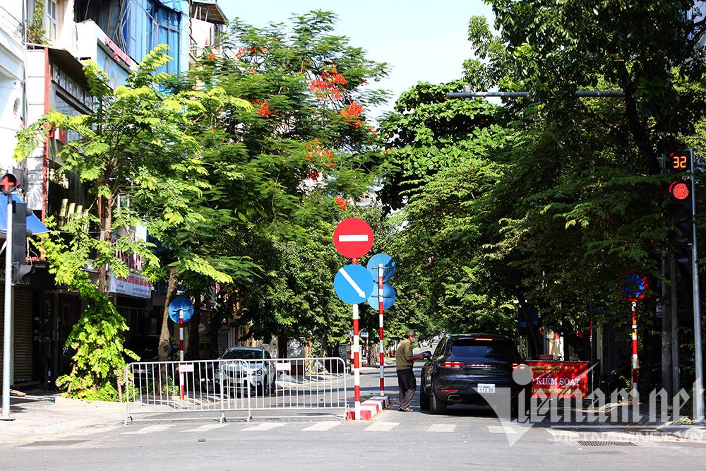 Hình ảnh trong 15 ngày Hà Nội giãn cách xã hội lần 1