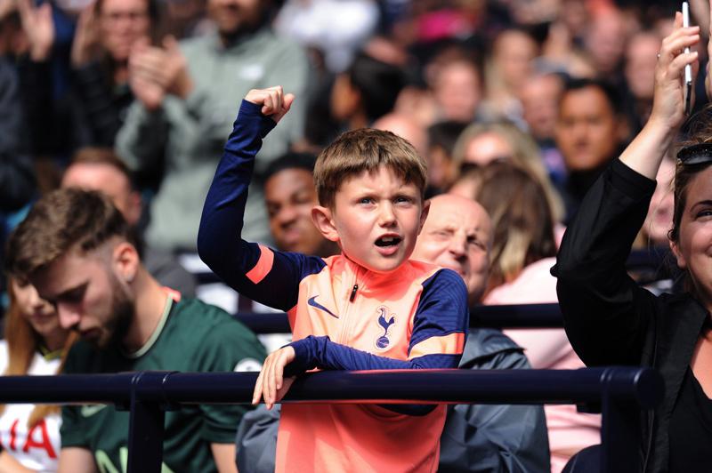Son Heung-min tỏa sáng, Tottenham đả bại Arsenal