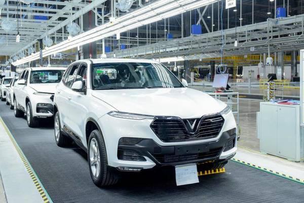 Lượng ô tô sản xuất trong nước gần gấp đôi xe nhập khẩu