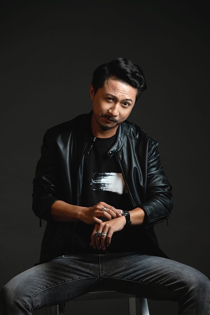 Hứa Minh Đạt và nhạc sĩ Nguyễn Báu hát cổ vũ giới trẻ