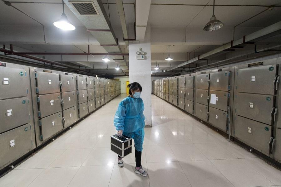 Tại sao người trẻ Trung Quốc thích làm việc trong nhà tang lễ?