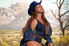 Beyoncé khoe đường cong rực lửa ở tuổi 40