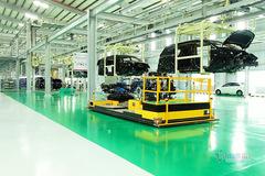 Công nghiệp ô tô Việt Nam: Tham vọng cao, năng lực thấp