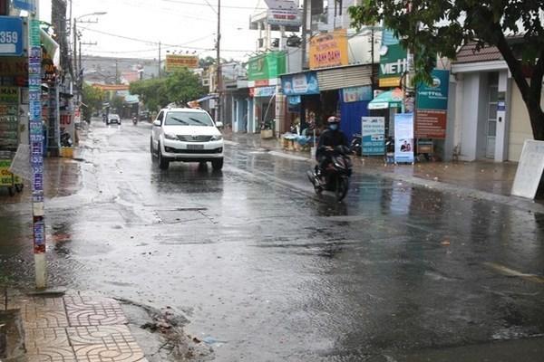 Dự báo thời tiết 11/8, Hà Nội mưa giông rải rác