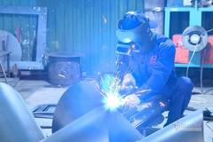 Công nghiệp hỗ trợ ngành cơ khí gặp khó bởi Luật Đấu thầu?