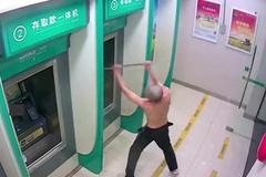 Người đàn ông đập phá hàng loạt cây ATM trong đêm
