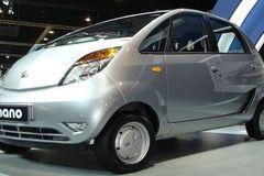 Tại sao xe siêu rẻ dưới 100 triệu của Ấn Độ lại thất bại thảm hại?