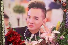 Lễ tang ca sĩ Việt Quang