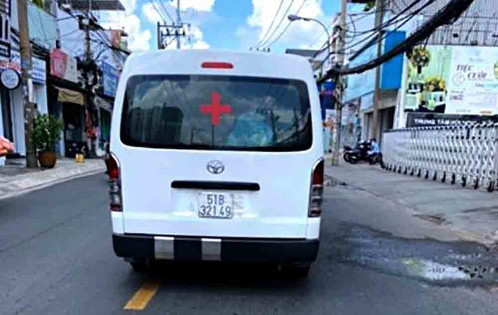 Đề nghị xử nghiêm các xe cứu thương trá hình 'chặt chém' bệnh nhân ở TP.HCM