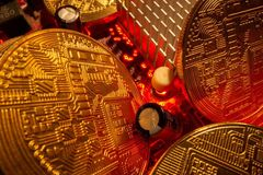 Tin tặc đã thực hiện vụ trộm tiền ảo gây chấn động bằng cách nào?