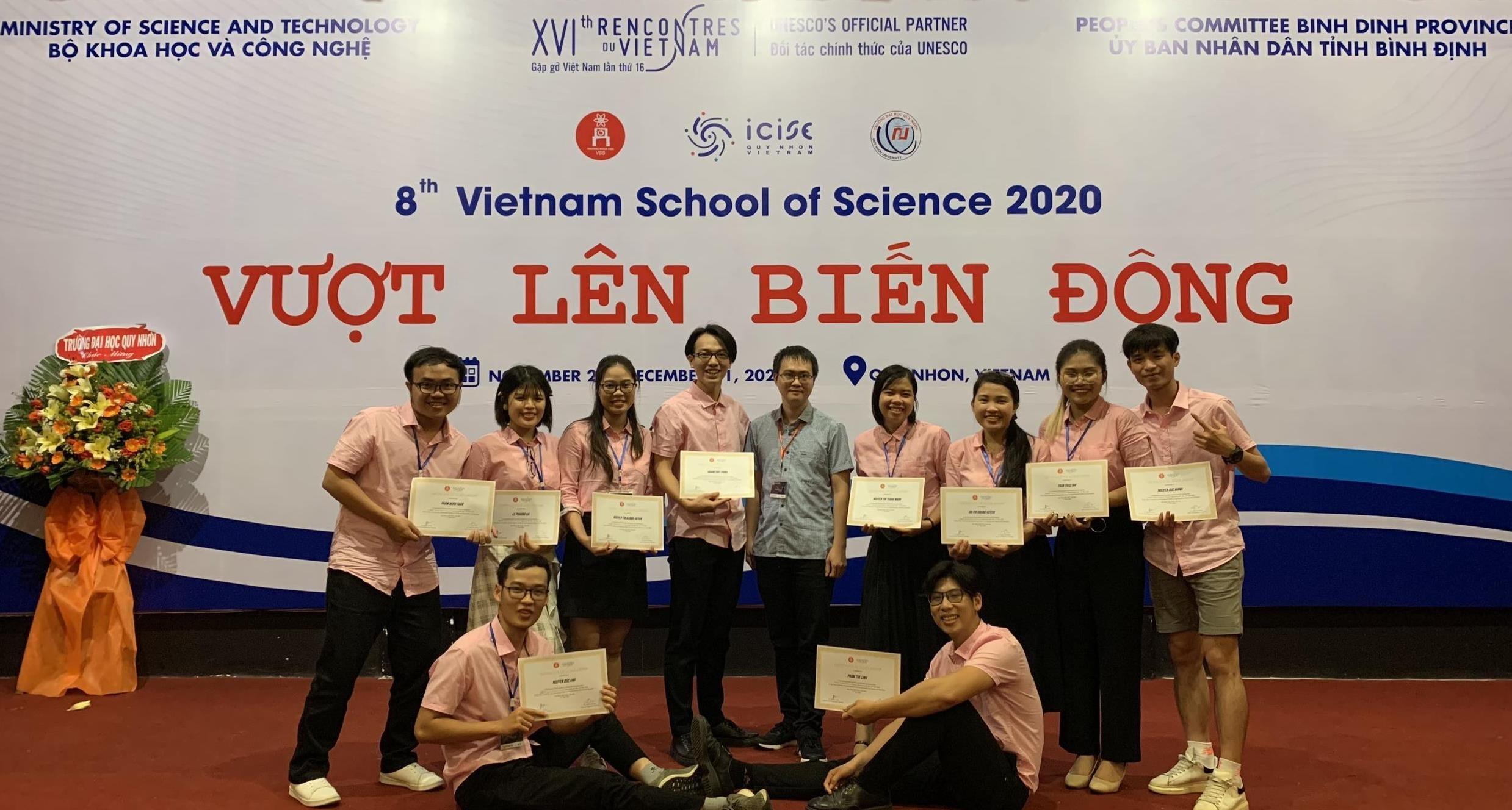 Cô gái Bắc Giang giành 3 học bổng thạc sĩ ở châu Âu