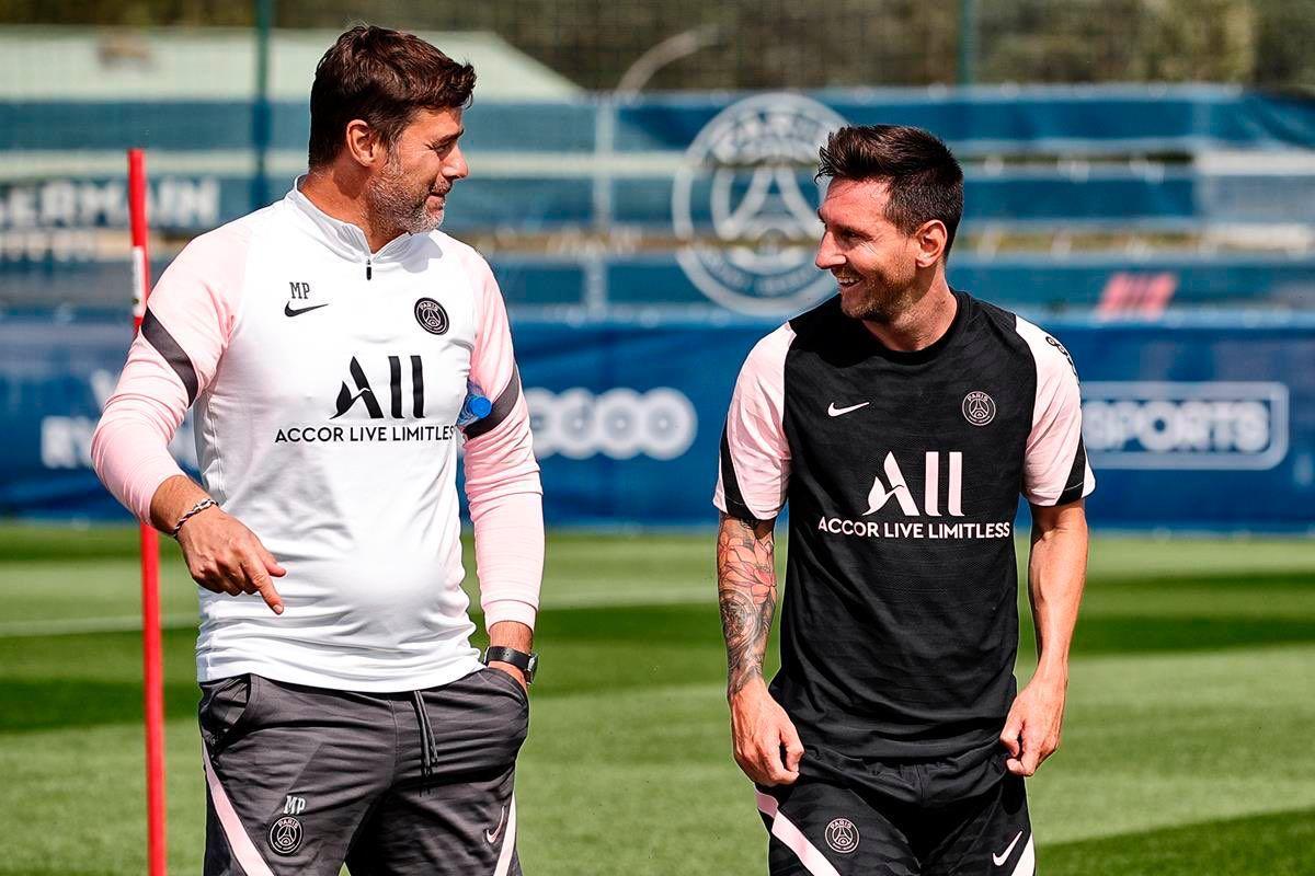 Messi 'đá ma' cực nhuyễn với Neymar, Mbappe ở buổi tập đầu tiên
